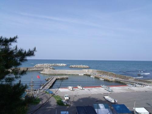西行屋敷跡 玉川漁港・玉川海岸が一望できます