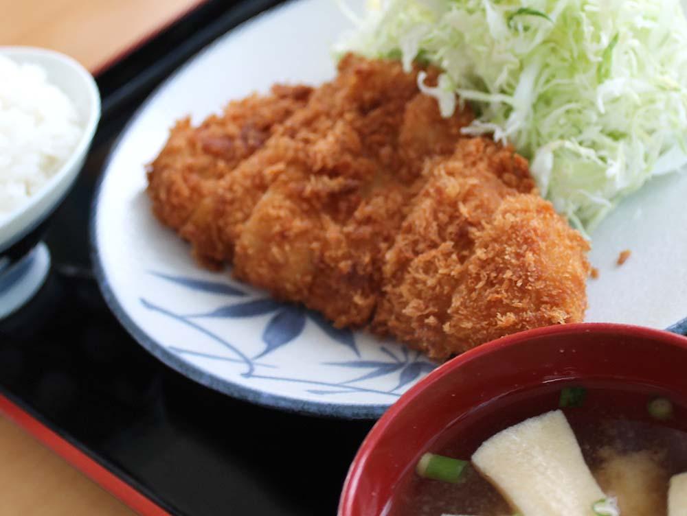 キッチン栄 写真