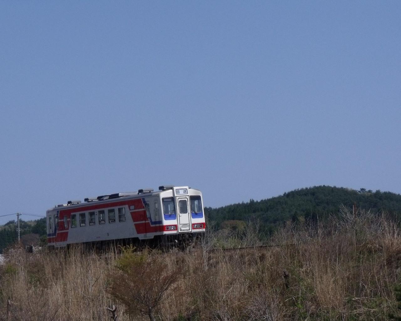 車窓からの三陸鉄道(岩手県野田村)
